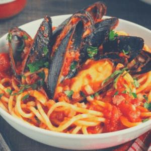 3 300x300 - Паста с мидиями в томатном соусе