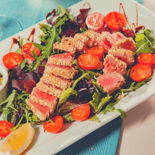 тунцом - Салат с тунцом